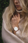 Girl wearing a round Ryolit White Deluxe Rose Watch with Rose Mesh Strap by Carl Edmond
